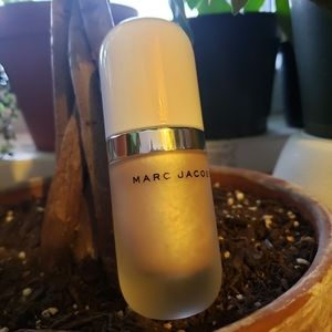 MARC JACOBS Dew Drops Highlighter in Dew You